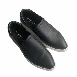 KENNETH COLE | Black Leather Pointed Loafers 7